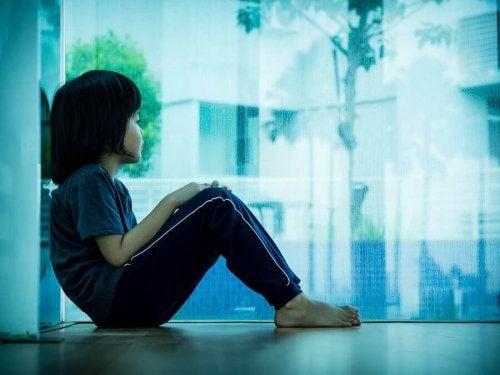 Cherchez les besoins qui se cachent derrière le comportement de vos enfants