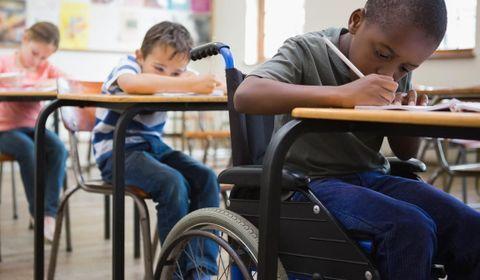 Enfants handicapés en TUNISIE