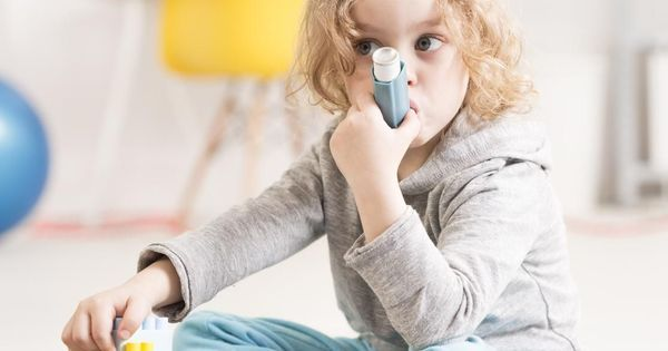 MON ENFANT FAIT UNE CRISE D'ASTHME