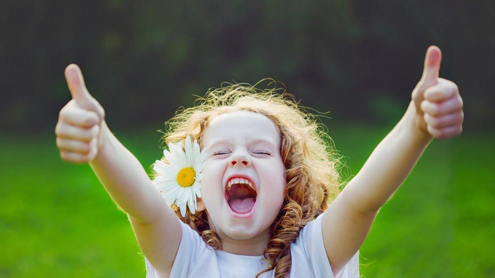 8 HABITUDES QUOTIDIENNES QUI RENFORCENT ET ADOUCISSENT LES RELATIONS AVEC NOS ENFANTS