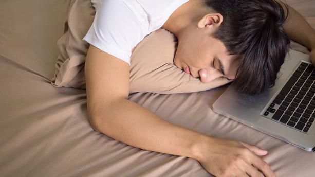 Les adolescents et le sommeil : Pourquoi tu en as besoin et comment ne pas en manquer